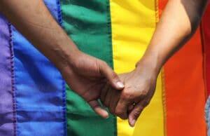 Comment choisir son site de rencontre gay ?